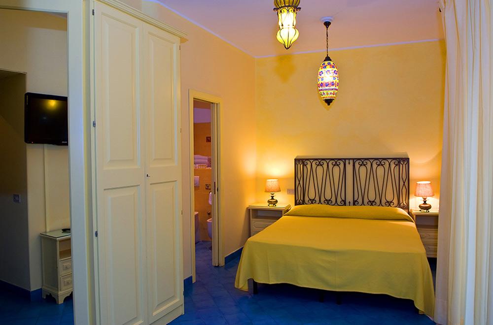 Superior double rooms city view hotel palladio - Hotel palladio giardini naxos ...