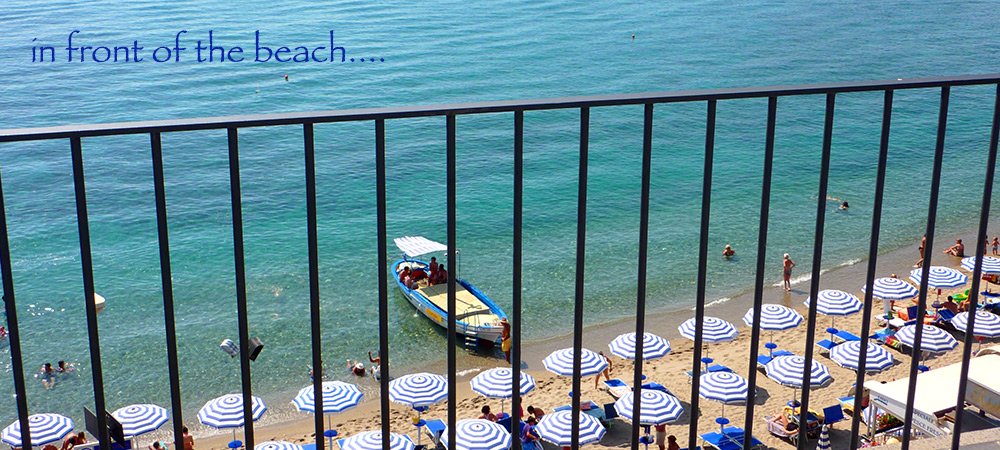 giardini-naxos-hotel-in-front-of-the-beach
