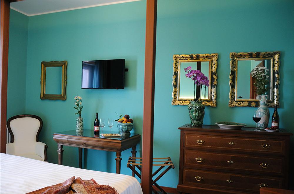 executive-room-hotel-pallagio-giardini-naxos